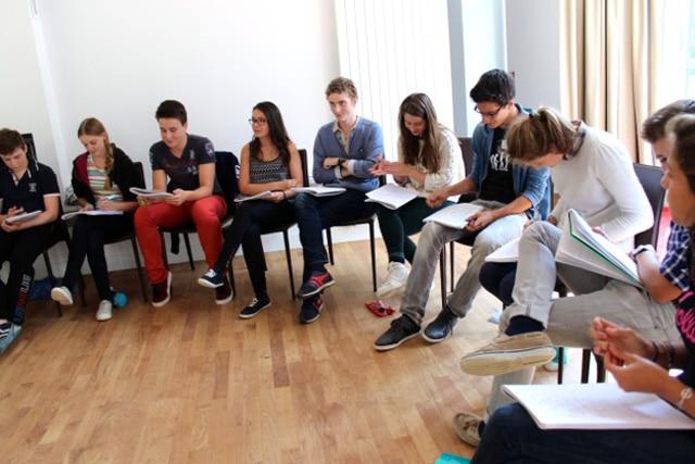 Châteaux des Langues - stage adolescents cours apprendre l'anglais orientation